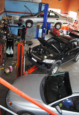 Go2 Automotive's, mechanic workshop in Unanderra
